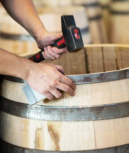 La Tonnellerie de Mercurey s'approvisionne exclusivement auprès de sa merranderie, située en Champagne au cœur de la Forêt d'Othe.